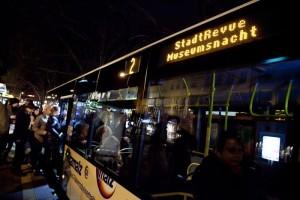 07_MN13_BusShuttle